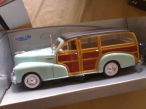 AUTOKOLEKCJA WELLY 1:24 CHEVROLET